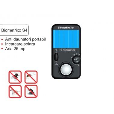 Aparat solar impotriva tantarilor,a paianjenilor, a  insectelor,cainilor si a pisicilor, si daunatorilor (anti soareci, sobolani) - Biometrixx S4